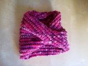 scaldacollo in lana per bambina coprispalle costa inglese con incrocio colori rosa fucsia ciclamino