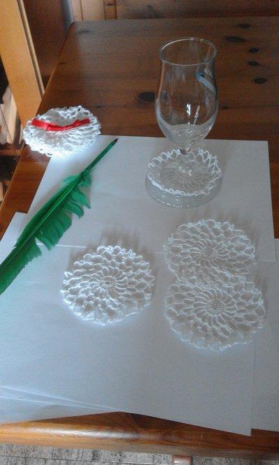 12 decorazioni uncinetto materiali materiali fatti a - Decorazioni uncinetto ...
