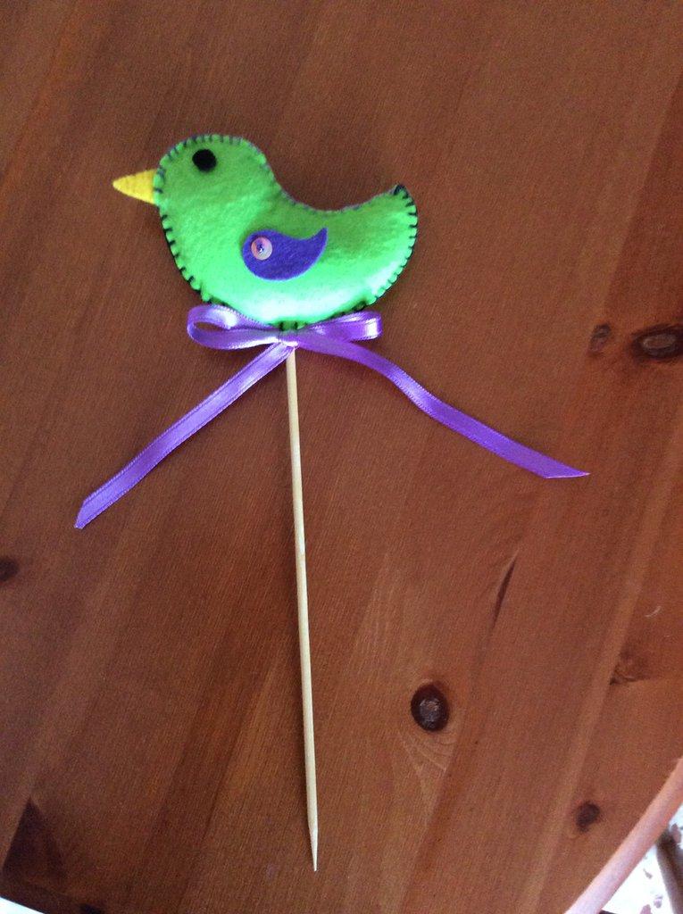Uccellino in pannolenci imbottito