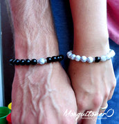 Bracciali per la coppia con perle nero e bianco ,bracciali innamorati,idea regalo,coppia,bracciali perline,elastico,regalo lui,per lei,