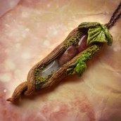 Ciondolo con pietra dura ad albero