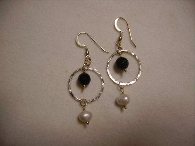 orecchini in argento - l'intramontabile bianco-nero -