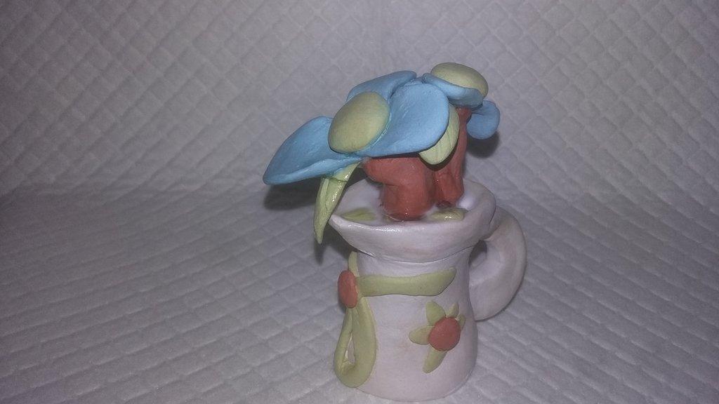 bomboniera,eseguita a mano opera unica argilla che asciuga all'aria terracotta oggetto speciale