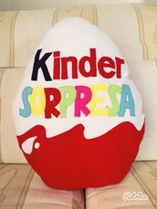 Cuscino decorativo Ovetto Kinder Sorpresa