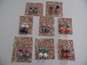 Orecchini realizzati con pietre in ceramica
