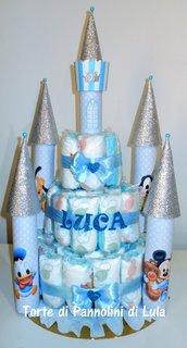 Torta di Pannolini Pampers Castello - idea regalo originale e utile nascita battesimo