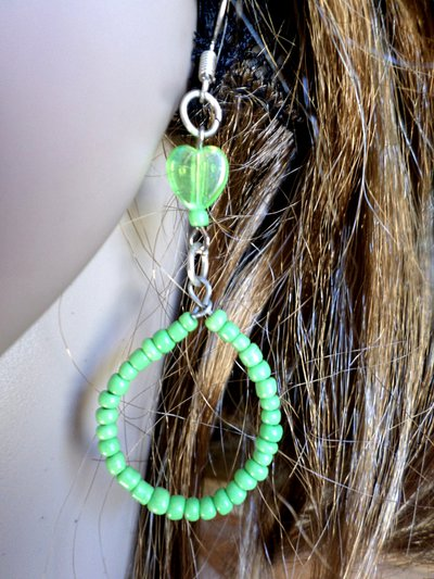 orecchini forma di goccia con cuori in cristallo bijou handmade