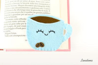 Segnalibro tazza di caffè in feltro, tazzina di caffè, segnalibro ad angolo sorridente con due chicchi di caffè