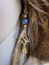 orecchini bijou angeli e pietra di agata grigia tono oro