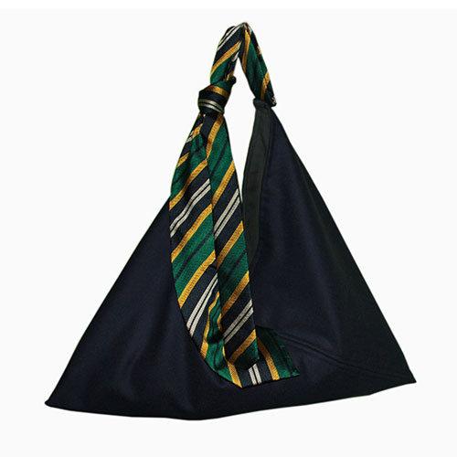 """Borsa in lana e cravatta in seta """"Reginald"""""""
