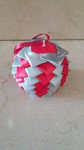 Pallina di Natale in raso