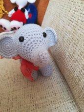 elefantino all'uncinetto amigrumi