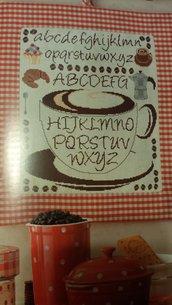 Schema alfabeto punto croce, caffè, cucina