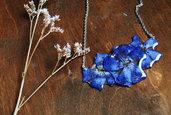 collana in resina con fiori veri