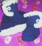 Cappellio e scarpine neonato  blu con pelliccia bianca