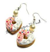 Orecchini Donut cuori- Ciambelle glassata fragole e vaniglia con codette - miniature kawaii handmade