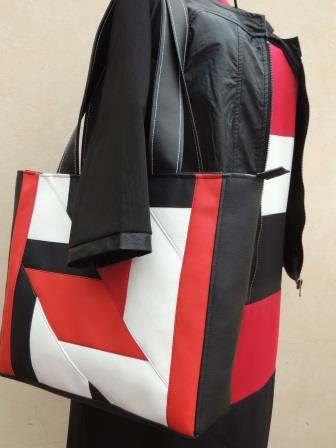 Tote Bag Patch in similpelle bianca,nera,rossa