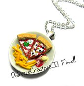 Collana piatto ceramica bianca con pizza, patatine fritte e salse - miniature handmade kawaii