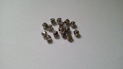 Perline in acrilico argentate