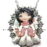 Collana Damina Bianca su cammeo doll fimo dolls necklace clay Kawaii bambolina