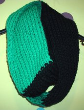 Sciarpa Ampia Uomo-Unisex Infinity Verde Smeraldo e Nero - Idea Regalo!