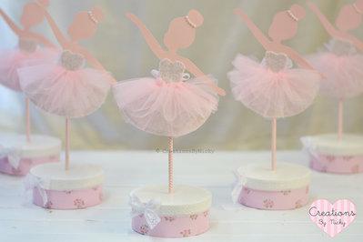 Su prenotazione: Ballerina centrotavola