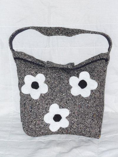 Borsa stoffa lana b/n con fiori