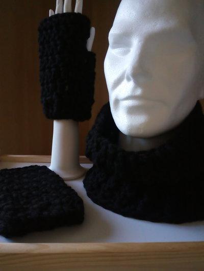 Completo uomo scaldacollo più mezzi guanti nero