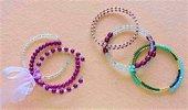 braccialetti a piu giri in filo armonico e perline (vari colori disponibili)