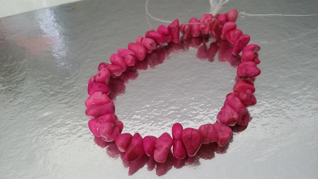 Perline in pietra naturale howlite rosa