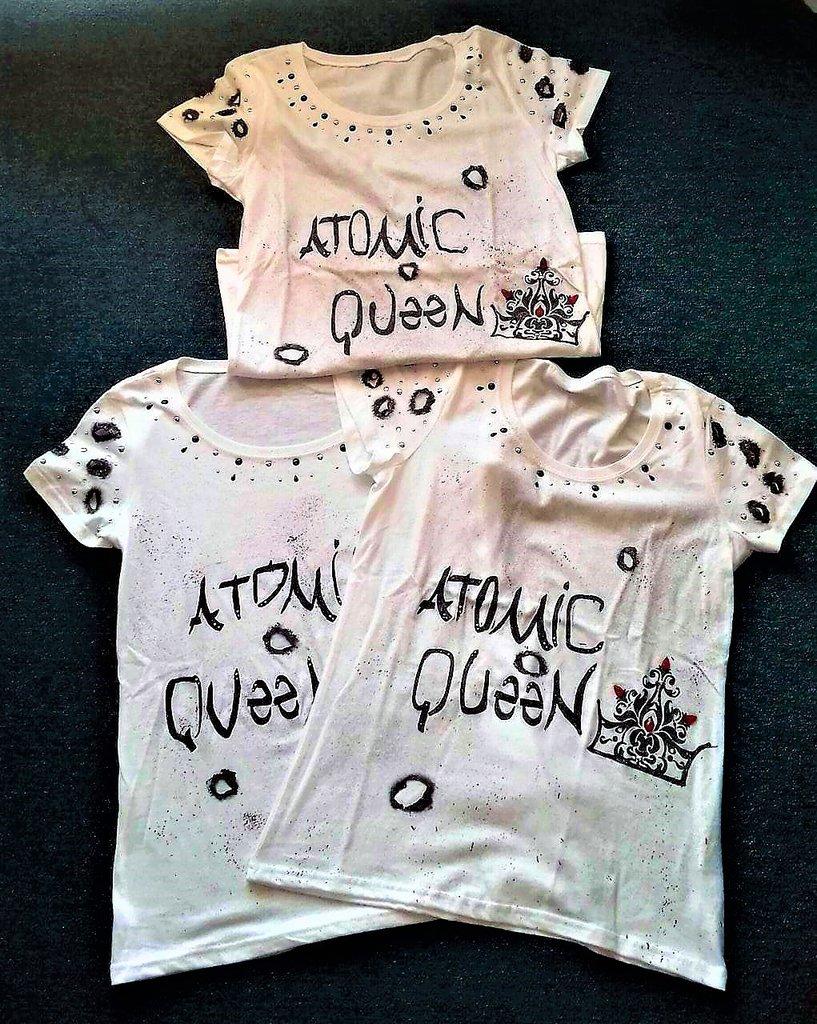 """T-shirt """" ATOMIC QUEEN"""""""