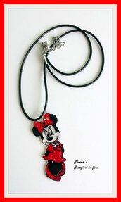 Ciondolo minnie, ciondolo in polyshrink, collana minnie, idea regalo bambina