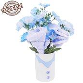 Bouquet di bavaglini accompagnato da fiori artificiali in barattolo di latta