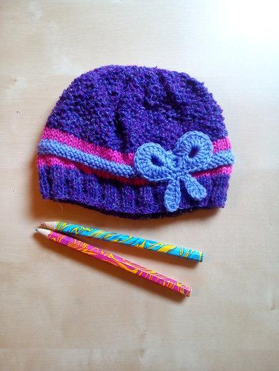 berretto uncinetto bambina lana fatto a mano con fiocco  - cuffia fatta a mano colore viola lilla