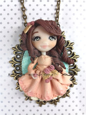 Collana Damina con rose  su cammeo doll fimo necklace bambolina clay Kawaii