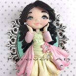 Collana Damina bambolina su cammeo doll fimo necklace idea regalo clay Kawaii
