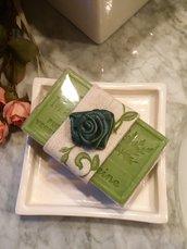 Sapone naturale provenzale  profumato alla Verbena con rosa di raso, saponi bio, sapone di Provenza