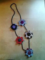 collana in lana all'uncinetto con fiori fatta a mano - idea regalo - stile boho