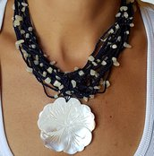 "COLLANA ""WHITE FLOWER"""