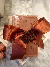 Sapone naturale di Provenza alla Vaniglia con cuscinetto di tessuto