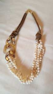 Collane perle e resina