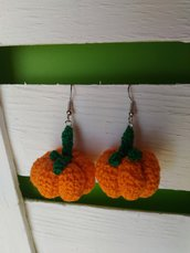 Orecchini uncinetto amigurumi  zucca Halloween arancioni verde cotone pumpkin earrings