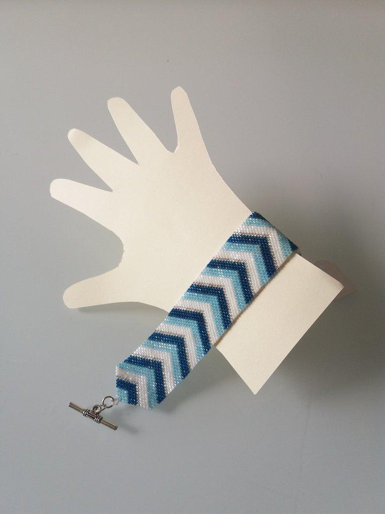 Braccialetto Blu Bianco Azzurro e  Argento a spina di pesce