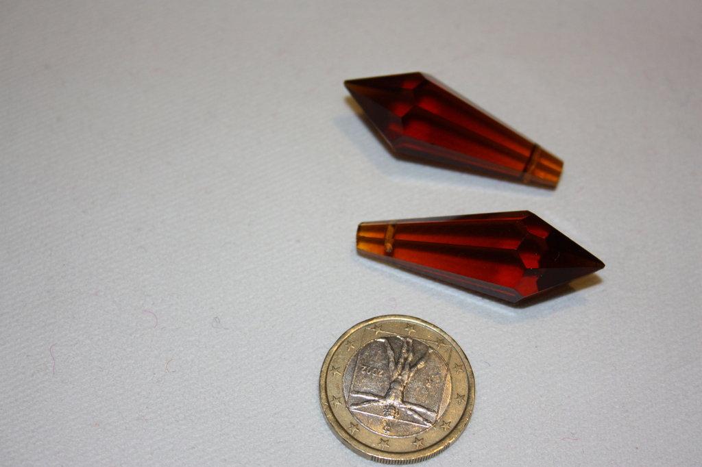 Coppia prisma cristallo sfaccettato