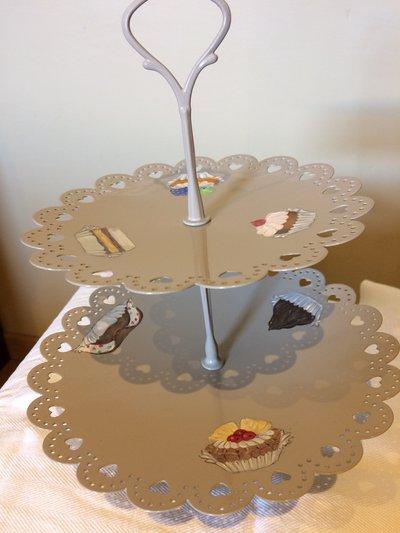 Alzatina decorata pasticcini - Per la casa e per te ...