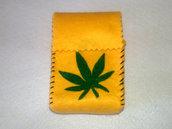 Portasigarette GIALLO unisex con foglia di marijuana