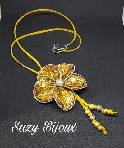FIORISTELLA: Collana a fiore con perle ralizzara con capsule di Caffè