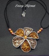 BIG FLOWER: Collana con fiore grande e perle ralizzara con capsule di Caffè