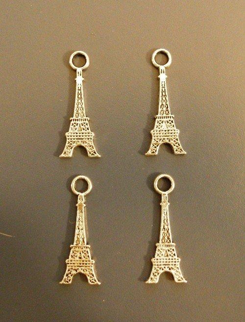 4 Piccole Tours Eiffel