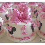 "Minicake in pasta di mais ispirazione ""Minnie"""